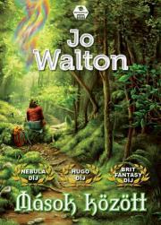 Walton Jo - Mások között E-KÖNYV